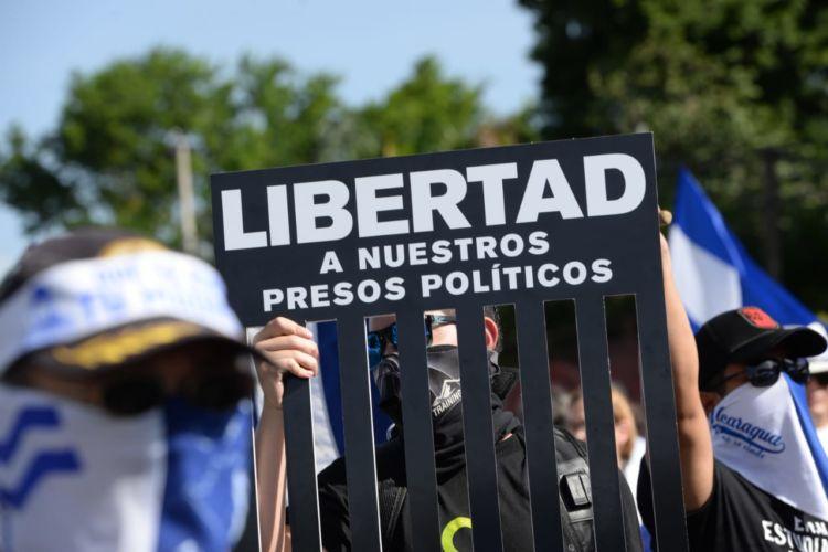 Tras negociaciones liberan a 50 presos políticos en Nicaragua