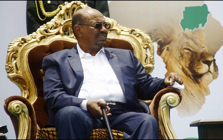 Ejército de Sudán destituye al presidente Omar al-Bashir
