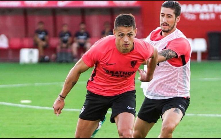 """""""Chicharito"""" entrenó por primera vez con el Sevilla"""