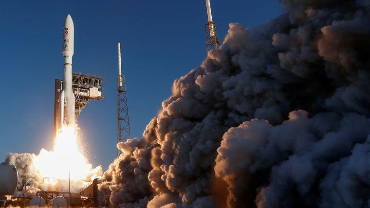 El cohete Atlas V despego con éxito, se dirige a Marte